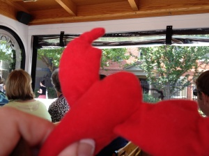 Longfellow lobster on the trolley tour - checking out the house of Henry Wadsworth Longfellow!